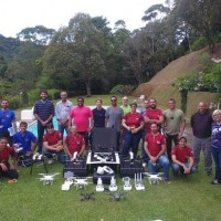 Turma da Academia de Drones e RPAS