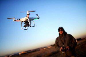 reflexos de um piloto de drone