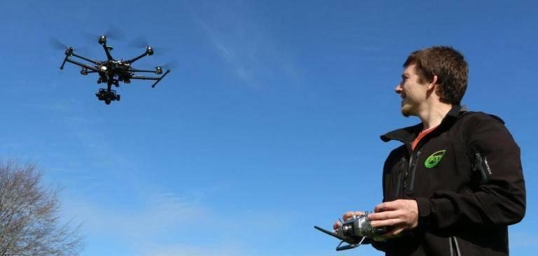 mercado de trabalho para pilotar drones